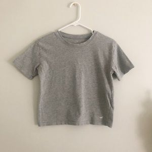 Hollister Cropped Gray Tee